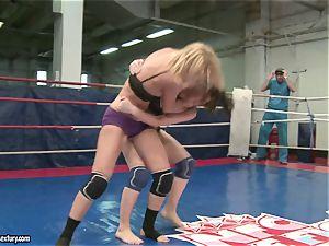 Mandy Dee had a cat fight with a insane mega-slut