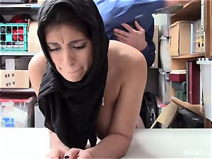 Ella Knox gets caught shoplifting and pays her debt with her mouth and slit
