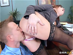 redhead chief Britney Amber penetrates a insatiable employee