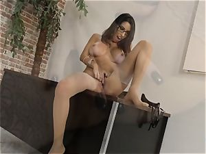 Dava Foxx talking messy while using her arms on a prick