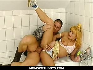 blondie milf sucking And railing A uproarious Cowboy