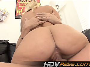 super-naughty milf Austin Taylor deep throats And pummels