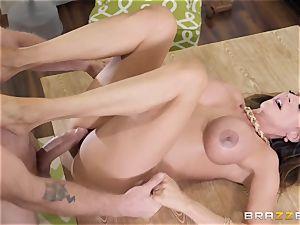 Ariella Ferrera getting stuffed in her pound fuckhole
