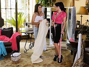 Adria Rae seduced by mind-blowing seamstress Veronica Avluv
