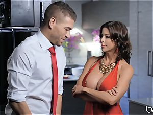 milf Alexis Fawx gets a face utter of jizz after a hard bang in the kitchen