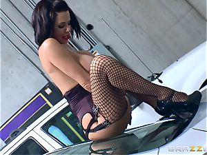 insatiable mature Veronica Avluv bent over and poked