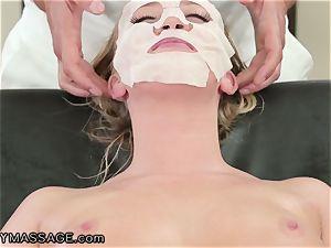FantasyMassage Bailey Brooke On Top of masseuses dick!