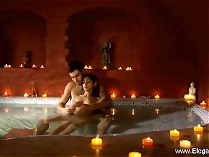 softcore couple In The Indian Sauna